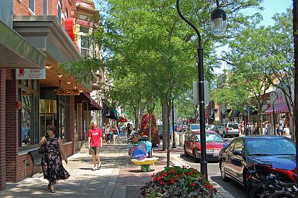 downtown-naperville-il
